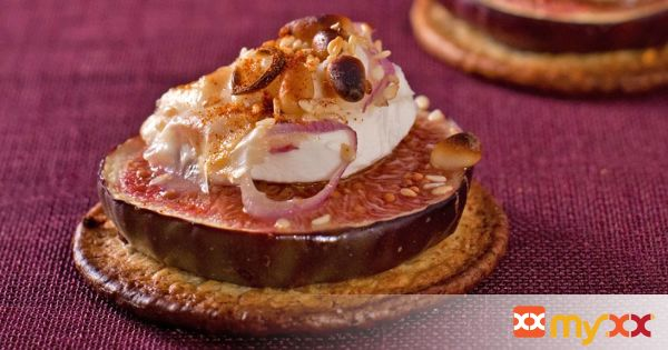 Dried Figs with Goat Cheese and Hazelnuts