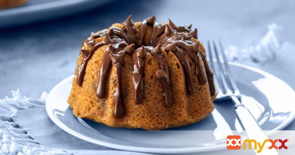 Chocolate Chip Mini Bundt Cakes