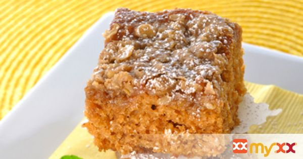 Applesauce Oatmeal Snack Cake