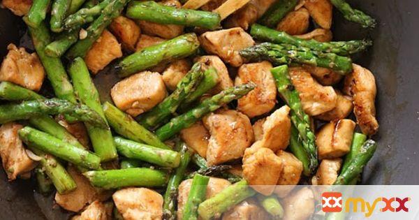 Chicken and Asparagus Lemon Stir Fry {keto friendly}