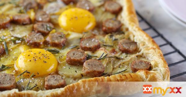 Sausage and Egg Breakfast Tart