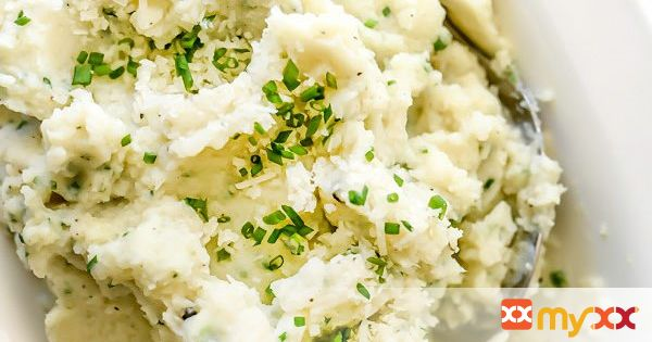Mashed Cauliflower with Parmesan and Chives