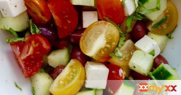 Greek Cucumber Tomato Salad
