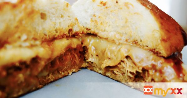 Easy Shredded BBQ Chicken Sandwich