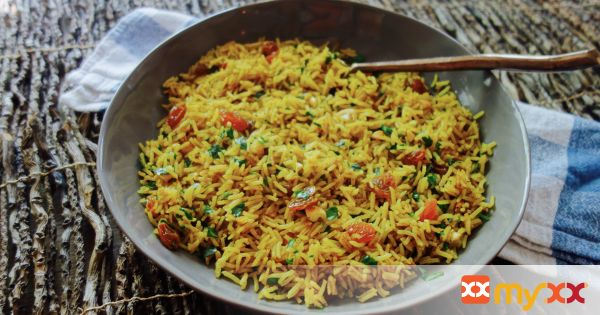 Curried Rice with Raisins and Cashews