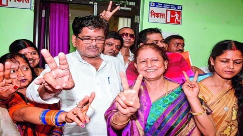 एक साल में दूसरी बार पटना की मेयर सीता साहू की बच गई कुर्सी, विरोधी पार्षदों ने निभाई अहम भूमिका