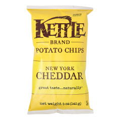 KETTLE POTATO CHIPS NEW YORK CHEDDAR 5 OZ BAG