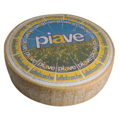 PIAVE AGED BLUE CHEESE DOP
