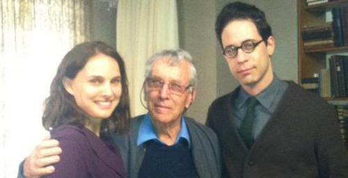 Natalie Portman on set with Amos Oz