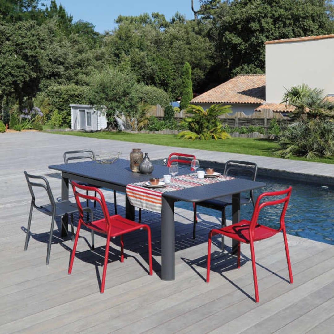Graphite6 180240cm Eos Table Table Graphite6 Table 180240cm Chaises Eos 180240cm Chaises Eos FKclJ3T1
