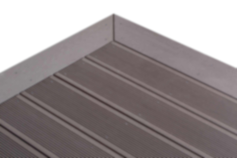 finition des lames de terrasse en bois composite smartboard