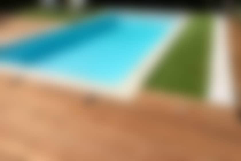 entourage de piscine en bois exotique itauba