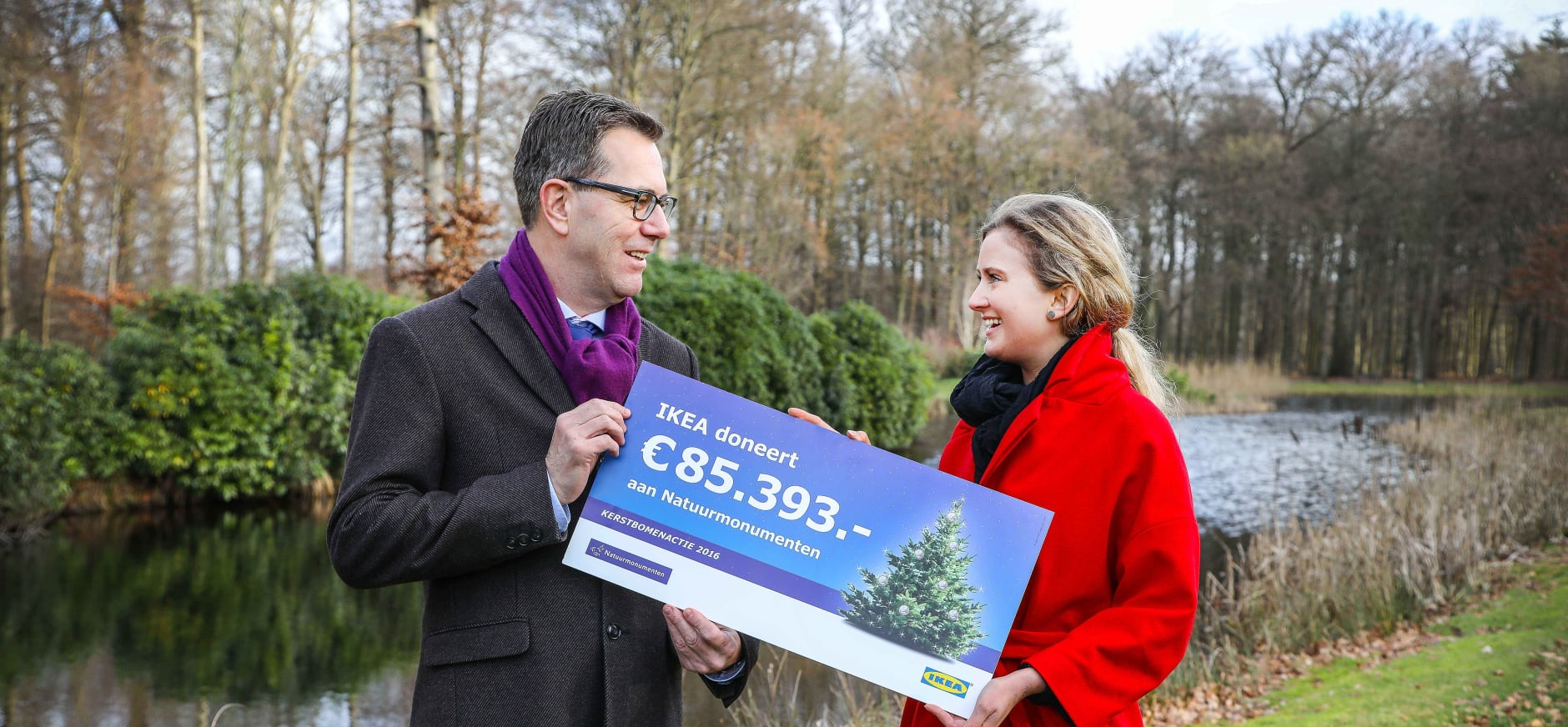 IKEA Kerstbomenactie levert 85.393 euro voor de natuur op