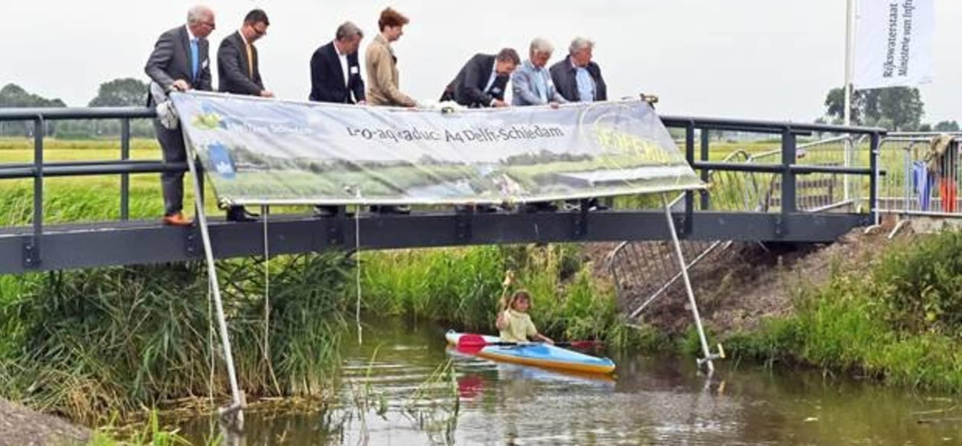 Grootste eco-aquaduct A4 Delft-Schiedam geopend
