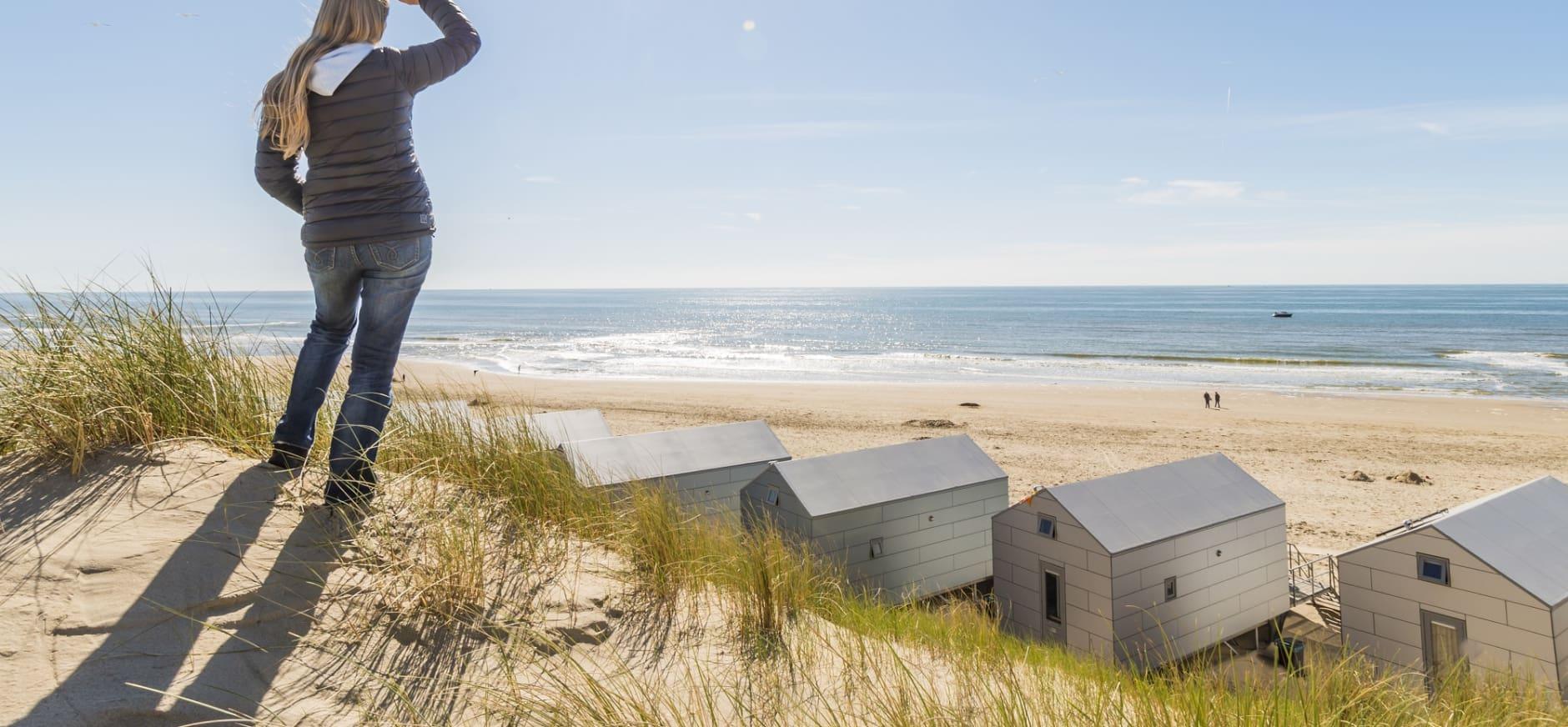 Uitzicht strandhuisjes bescherm de kust