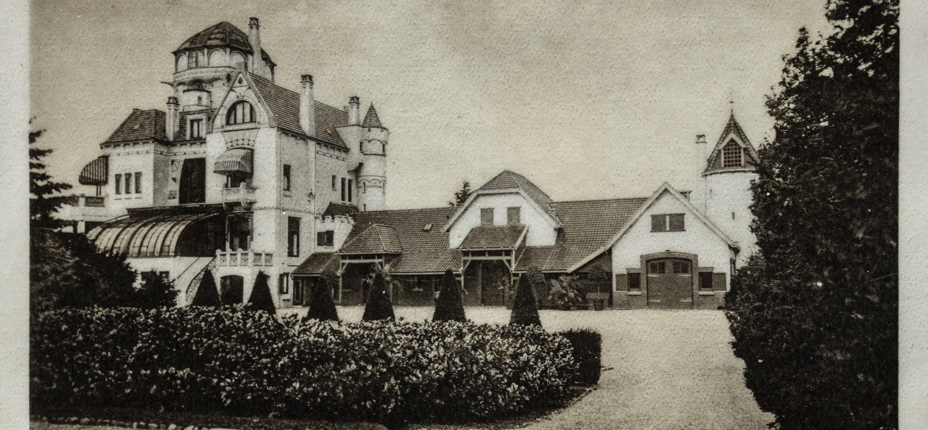 oude foto achterkant jachtslot omstreeks 1905