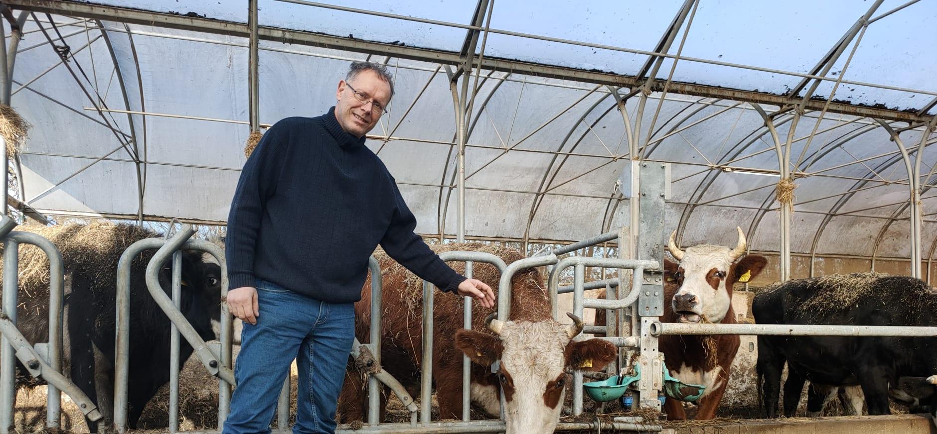 Boer Jeroen van der Kooij van Hoeve Rust-hoff in Maasland
