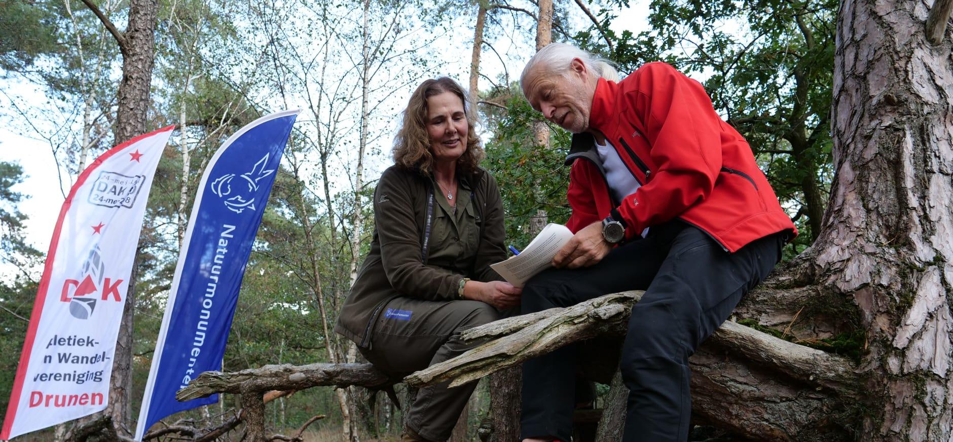 Ondertekening van de overeenkomst in de Loonse en Drunense Duinen