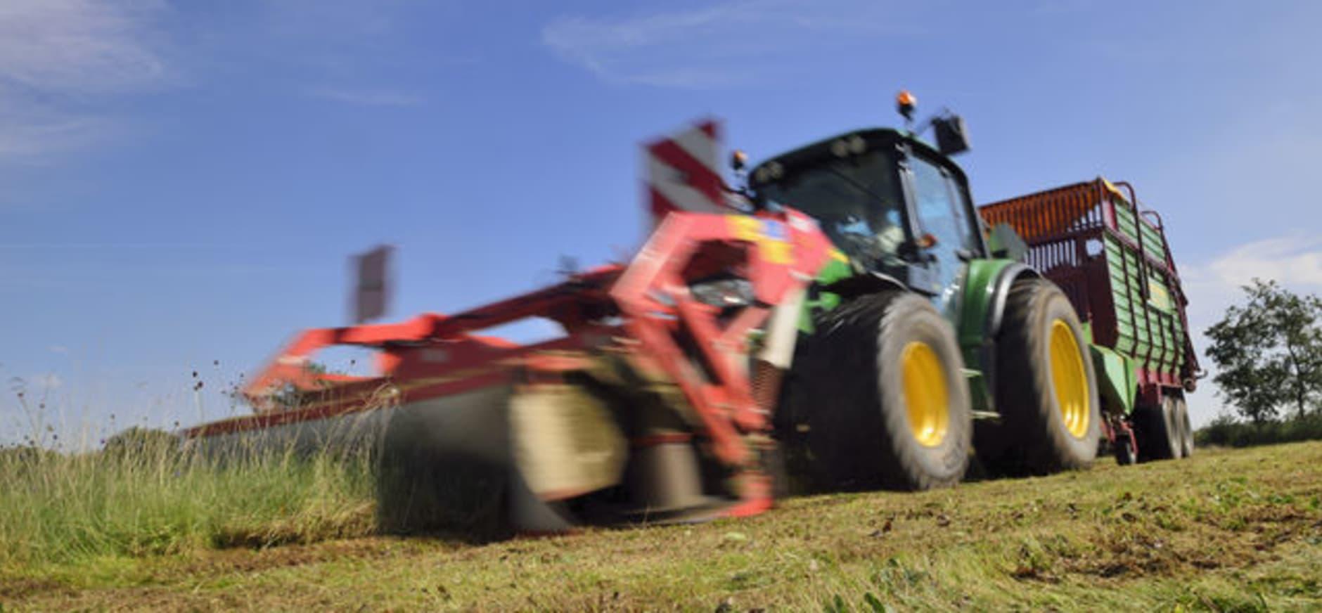Tractor in Vlijmens Ven