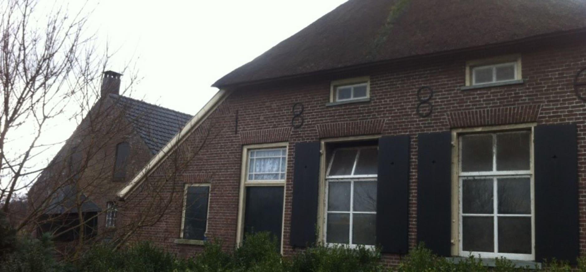 Historische boerderij aan Beckenstraat 1, Vierakker op Hackfort