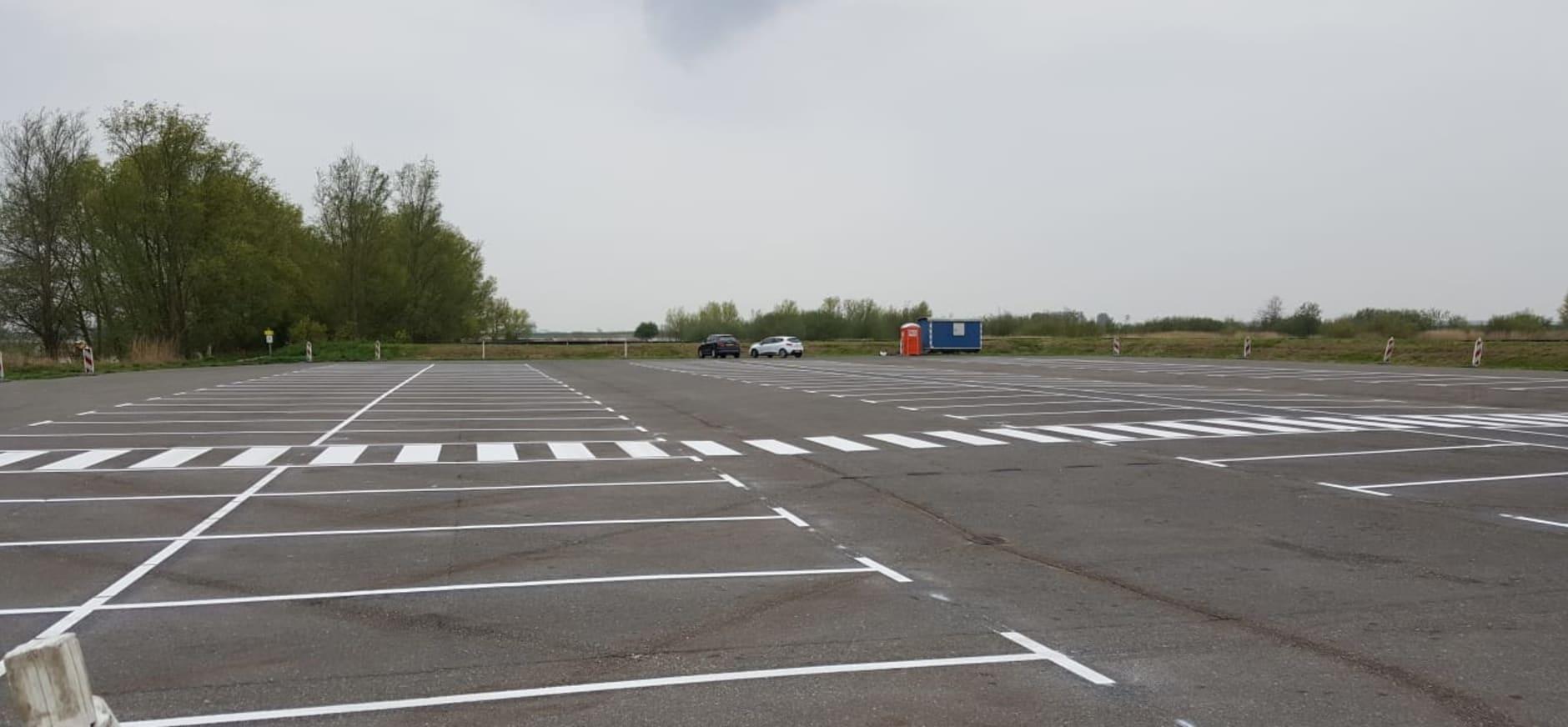 Werkzaamheden parkeerterrein Tiengemeten