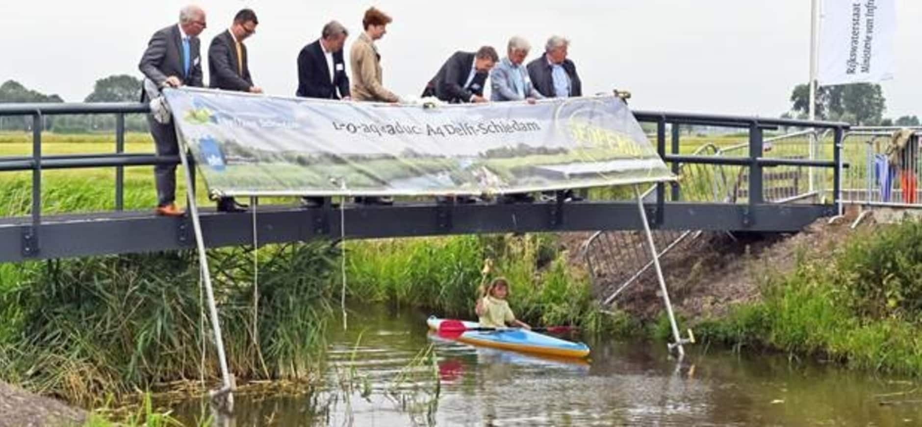 Grootste eco-aquaduct A4 Delft-Schiedam geopend