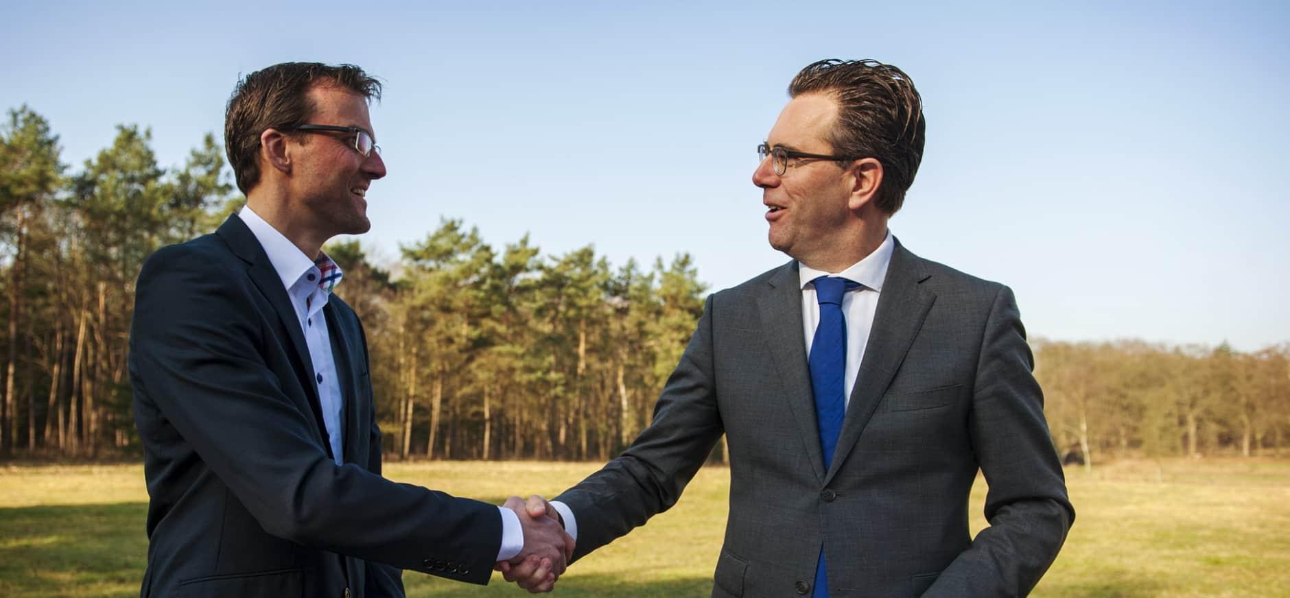 Natuurmonumenten en Natuurbegraven Nederland tekenen overeenkomst