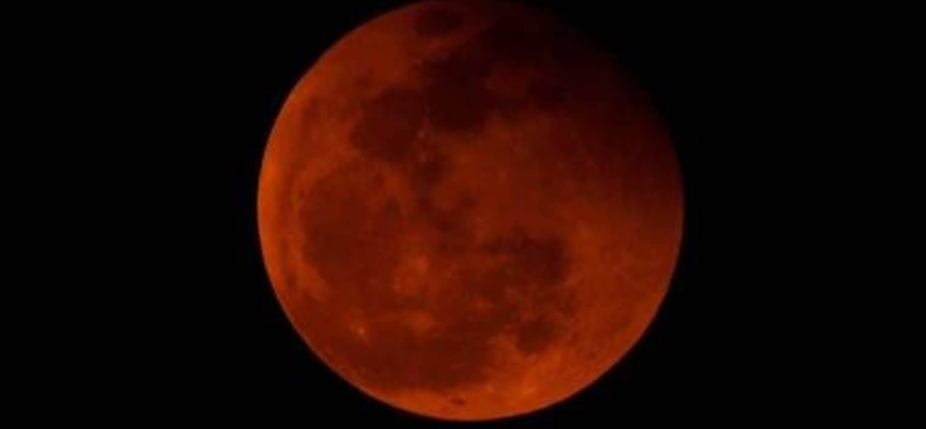 Beleef de vaartocht volle rode maan in De Wieden