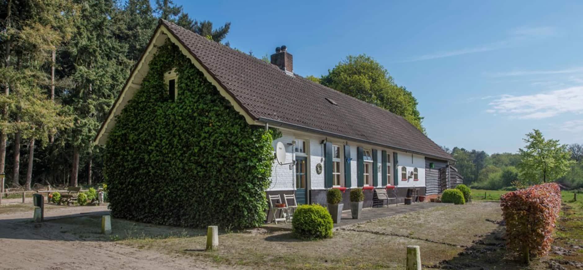 Wonen bij natuurmonumenten for Opknap boerderij te koop gelderland