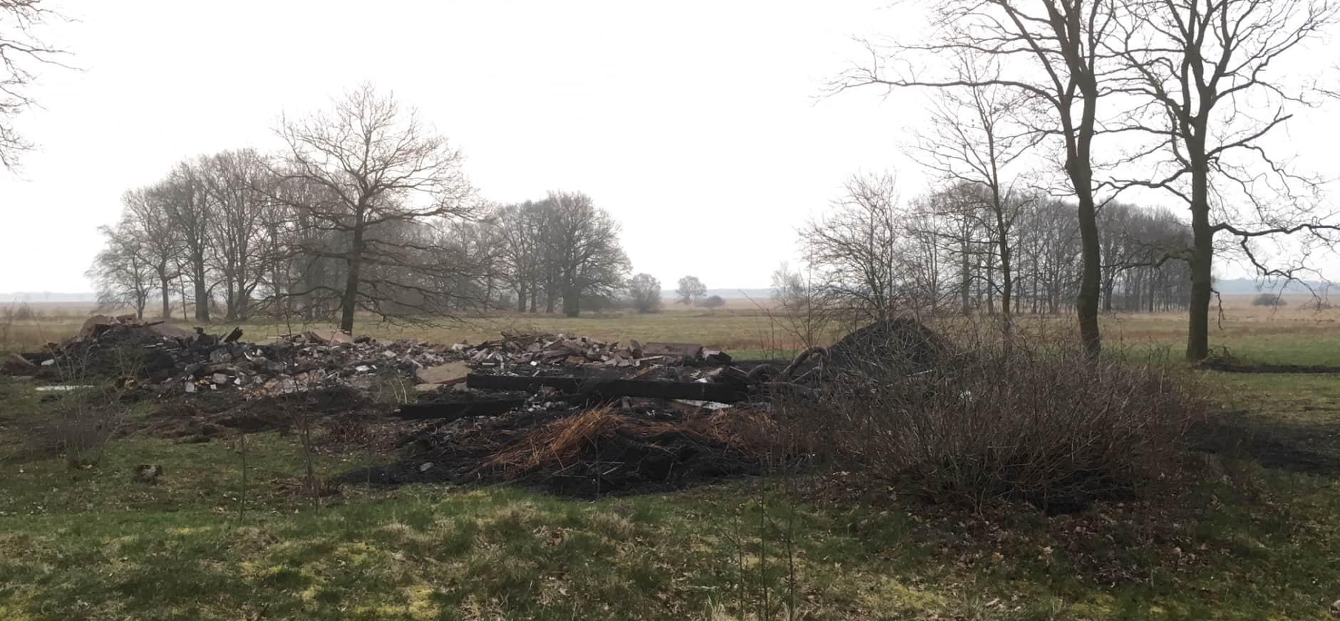 Huisje Benderse Berg Dwingelderveld afgebrand