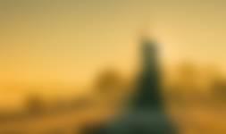 Molen Prins van Oranje op een prachtige gouden ochtend met vorst en mist. Een gelukje dat de zon er zo mooi achter stond
