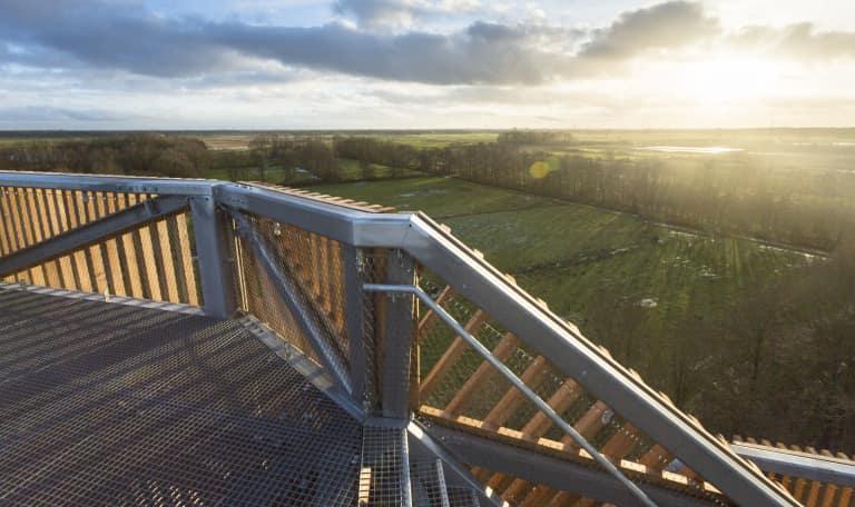 Uitkijktoren in De Onlanden