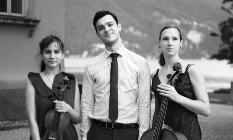Chloé Piano Trio