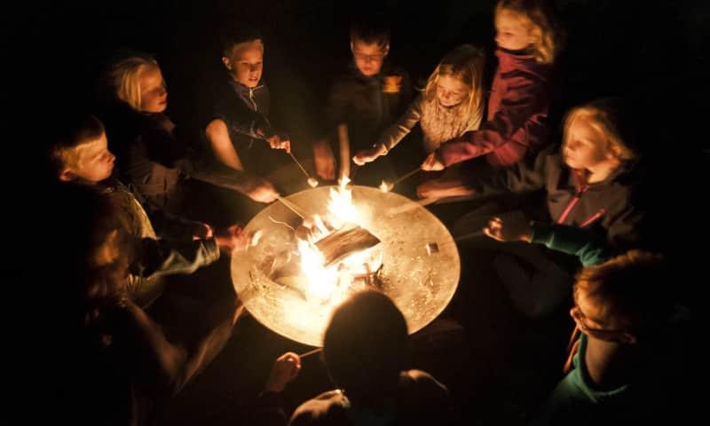 Verhalen bij het vuur op landgoed Dorth van Natuurmonumenten