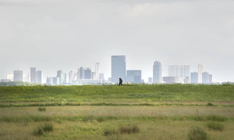 Wandelroute vanuit de stad naar het Rotterdams platteland