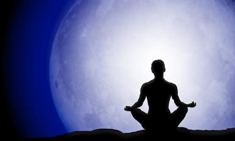 Wandeling en yoga bij volle maan - Zwanenwater