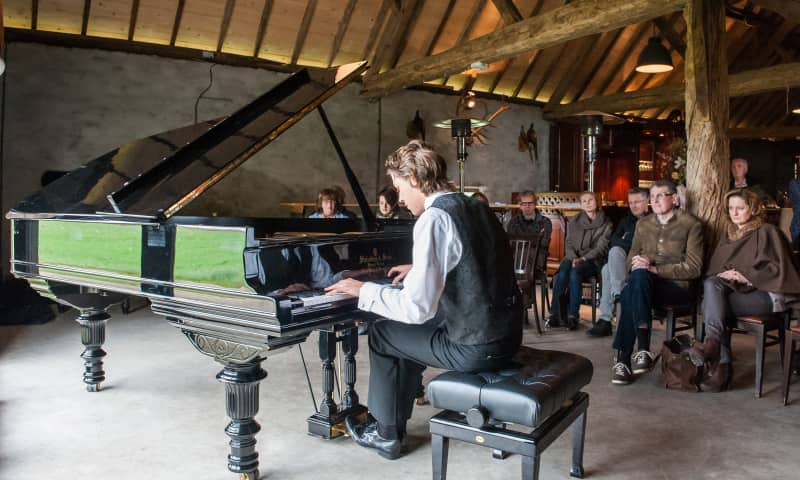 Kasper Schonewille speelt bij Kamermuziekfestival