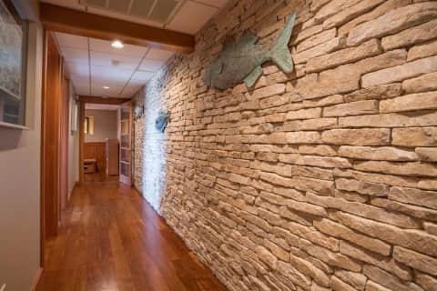 Stone Wall Hall