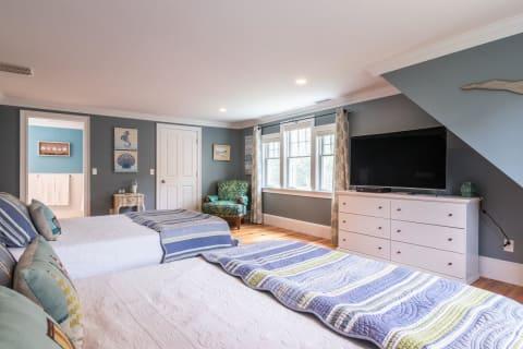 Bedroom # 3 With En Suite