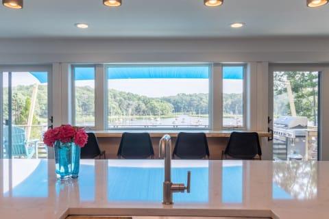 Kitchen Pond Views