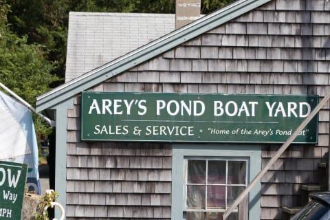 Arey's Pond Boat Yard Sales &Service