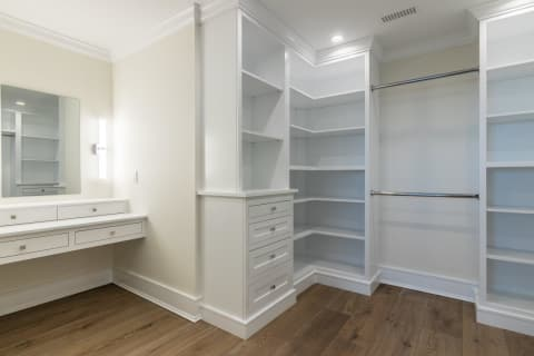 Skillfully Designed Walk in Closet