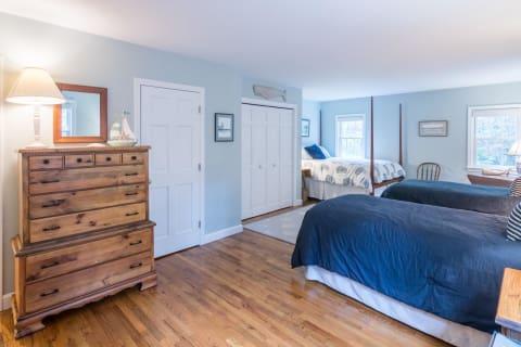 First Floor Bedroom w/Hardwood Floors