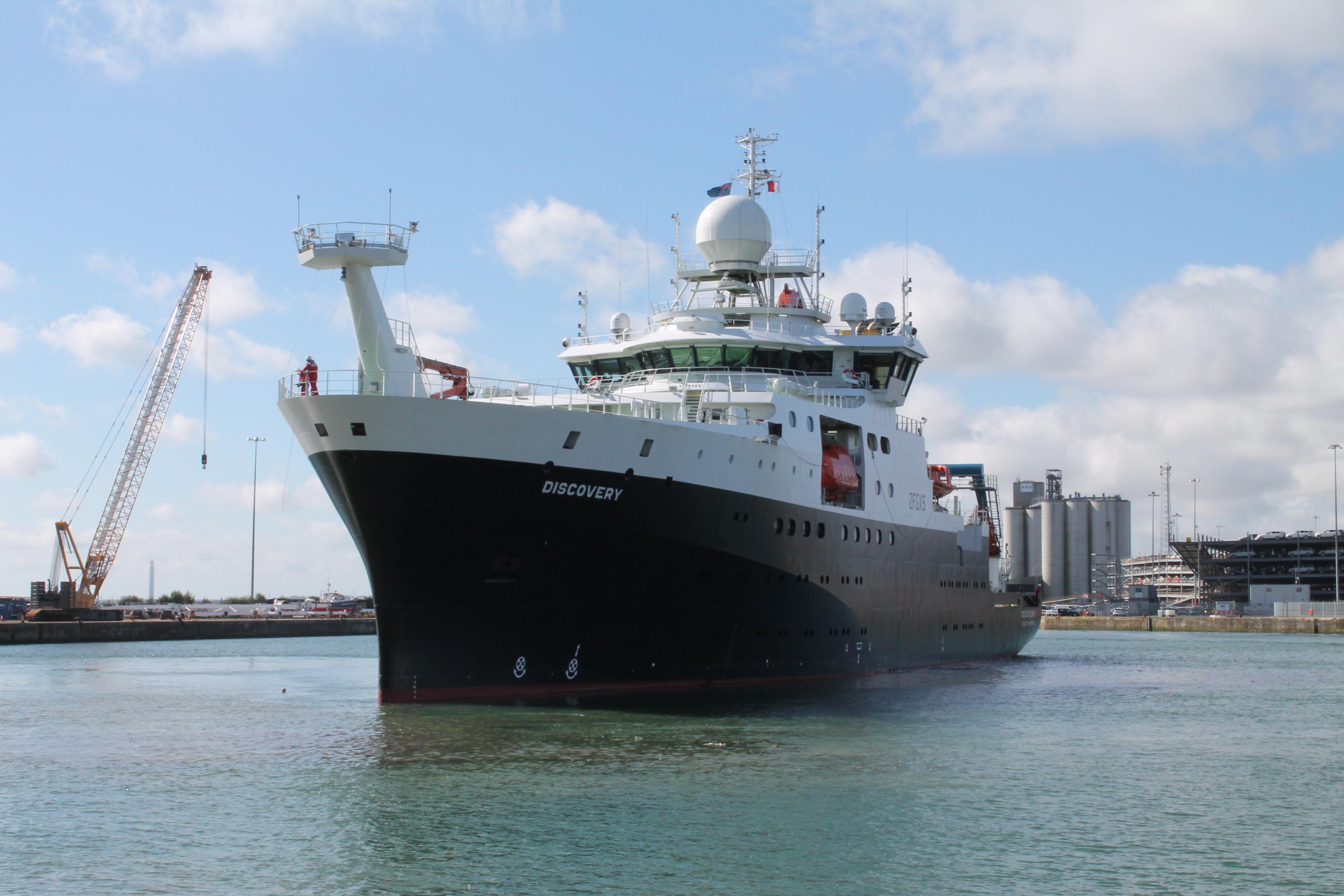 Specialist vessels - Nautilus International