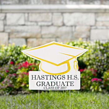 custom graduation hat yard signs