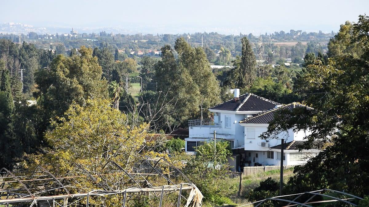 למכירה בית ונחלה בבני ציון