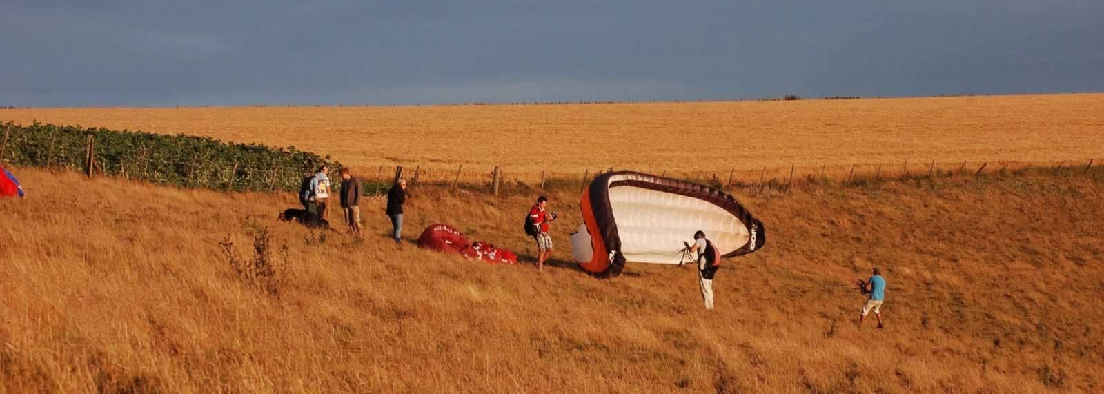 Paragliding in Wiltshire - SkySchool