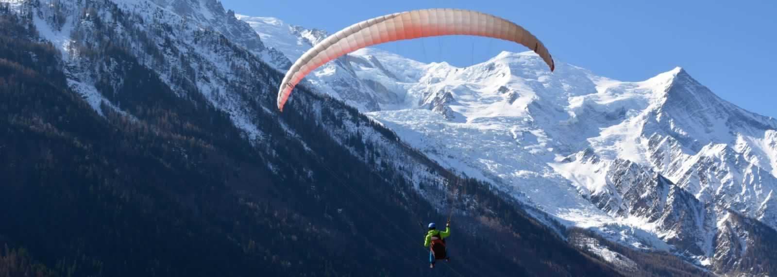 Paragliding in Chamonix - SkySchool