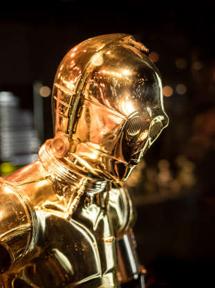 22. Why does C-3PO think that Han Solo may not recognize him?