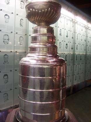 5. How many times have the Blues won the Stanley Cup?